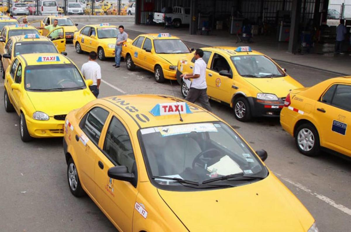 Taxistas preparan movilización contra Alcalde Rodas este lunes 10 de abril